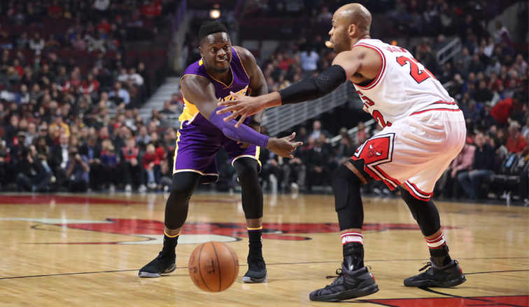 a77270996cc Randle Powers Lakers  Comeback Over Bulls