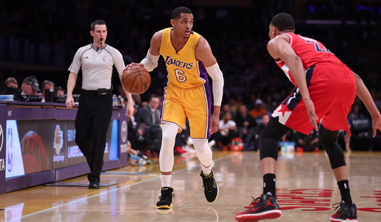 Lakers Unable to Hold Off Wall, Wizards