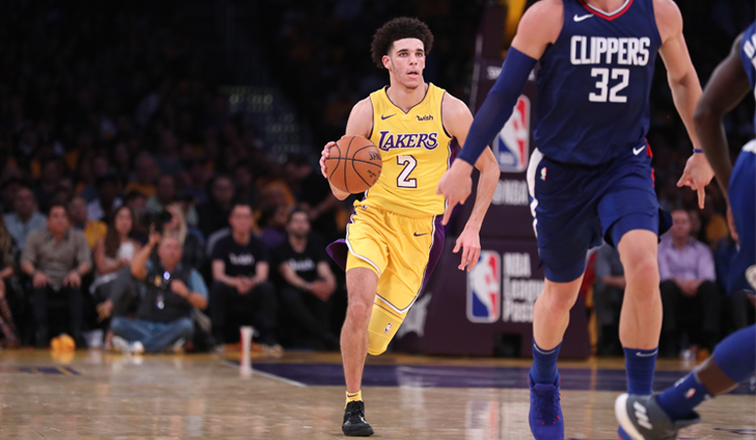 Lonzo Ball Dribbling >> Lonzo Lakers Take Lessons From Rough Opener Los Angeles Lakers