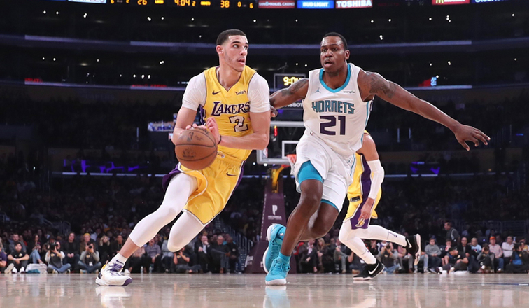 Lakers guard will miss 2 more games with MCL injury