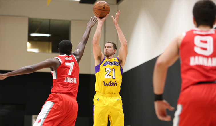 b6d33a6cbf92 Latest Laker  Travis Wear