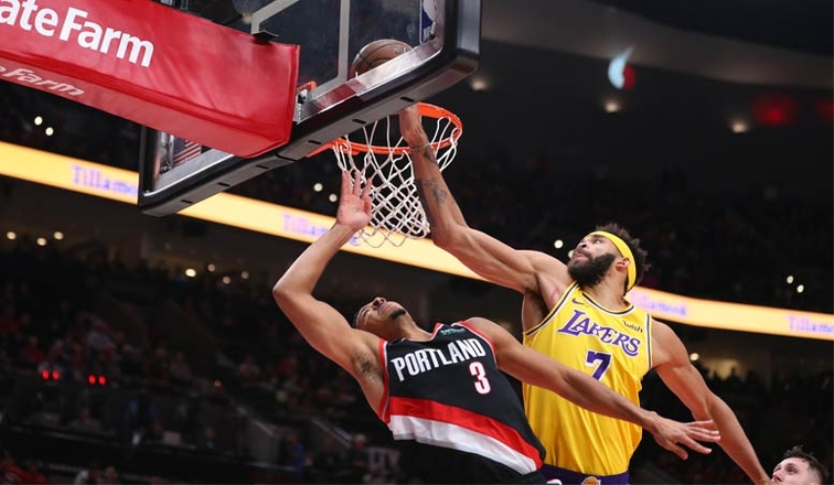 Defensive-Minded Centers Fueling Lakers  Surge  9a5504b39