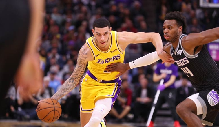 f9fd70af4 Shorthanded Lakers Stunned By Kings  Buzzer-Beater