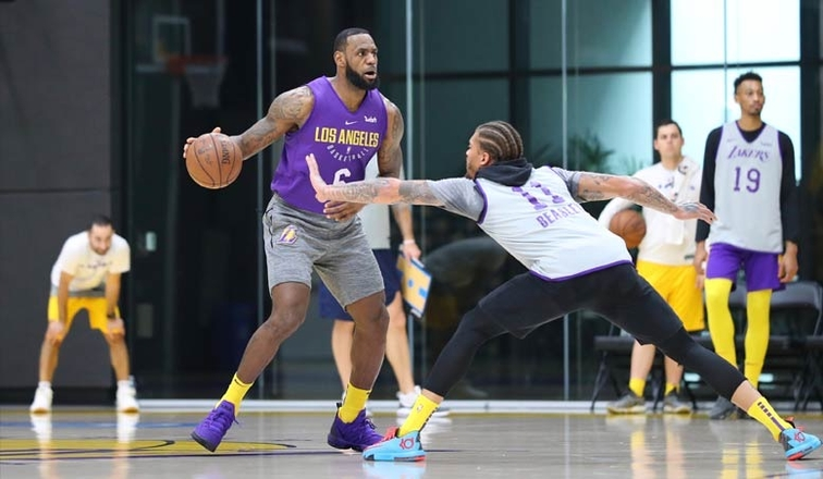 Walton Provides Update on Le Bron James