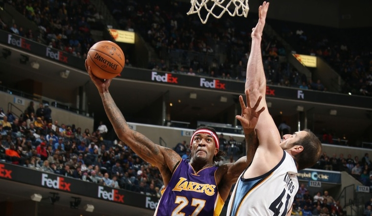Jordan Hill attempts a shot in Memphis on Nov. 11.