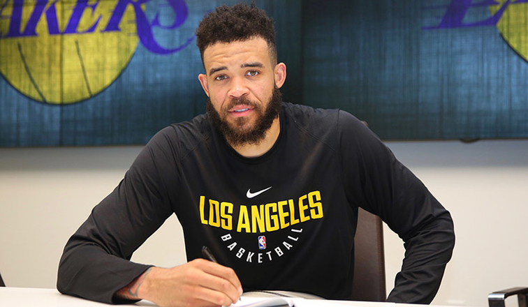 cc86fea788c Lakers Sign JaVale McGee