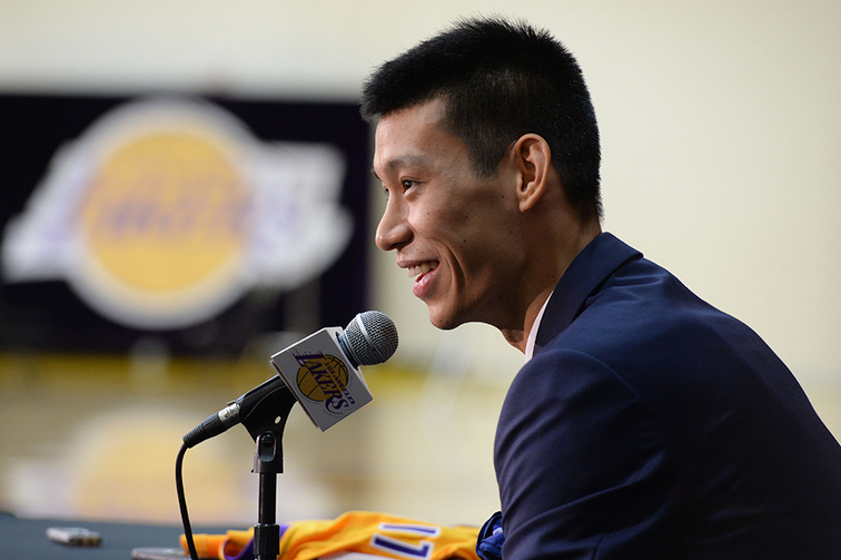 Jeremy Lin Speaks at Introductory Press Conference