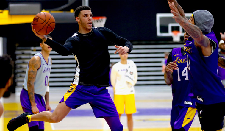 6fc132404 Lonzo Returns to Full-Contact  LeBron Will Play Sunday