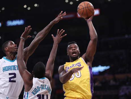 Lakers' Defense Leads to Loss Versus Charlotte