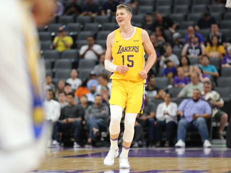 Moe Wagner Drops Double-Double in California Classic Finale