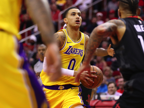 Lakers Hit Highs and Lows in Overtime Loss to Houston