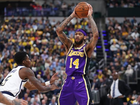Lakers Stung by Indiana's Record 3-Point Night