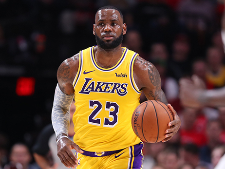 Lakers caen en Portland en el debut de LeBron James