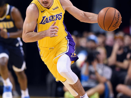 Photos: Lakers vs. Nuggets (10/04/17)