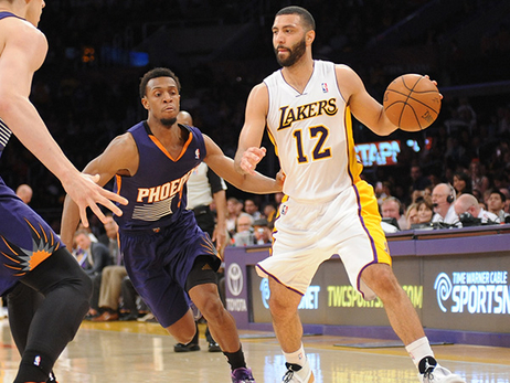 Lakers Waive Kendall Marshall