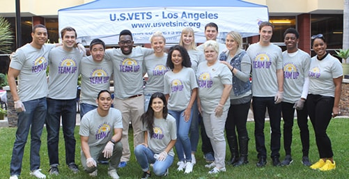Lakers Team Up for Veterans Day
