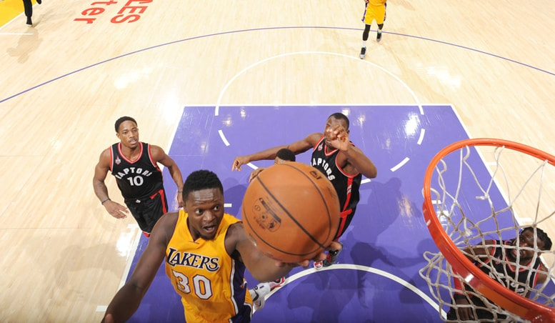 Lakers Allow Raptors' Second-Half Comeback