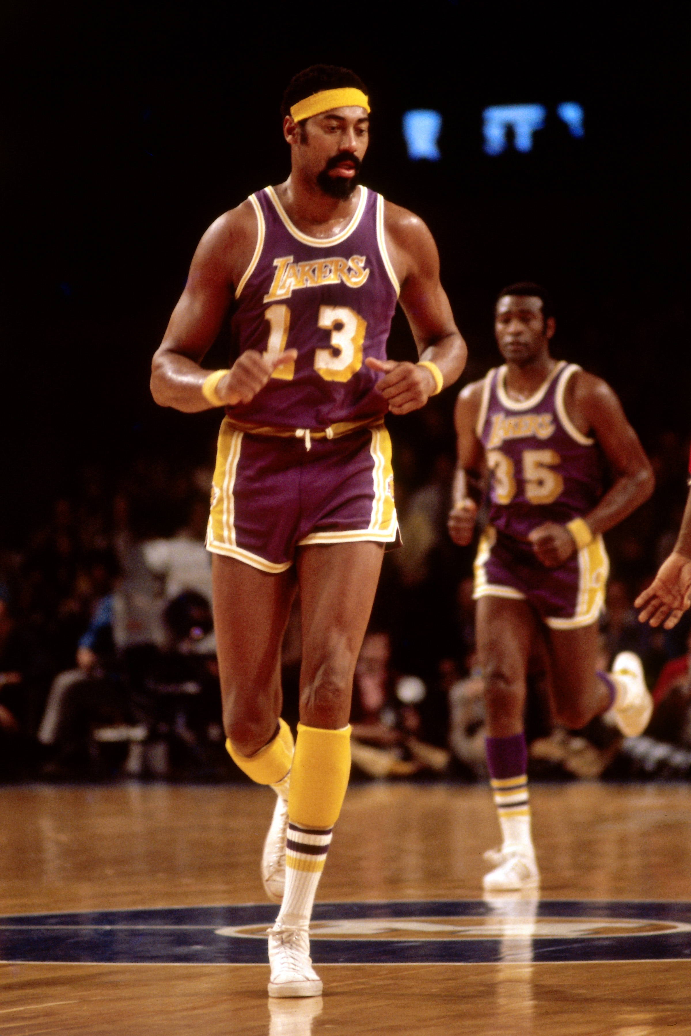 Wilt Chamberlain Photo Gallery | Los Angeles Lakers