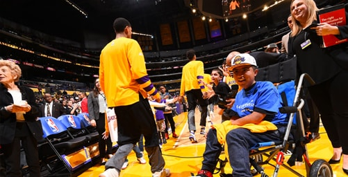 outlet store 8d2ce 3af46 Lakers Community Make-A-Wish | Los Angeles Lakers