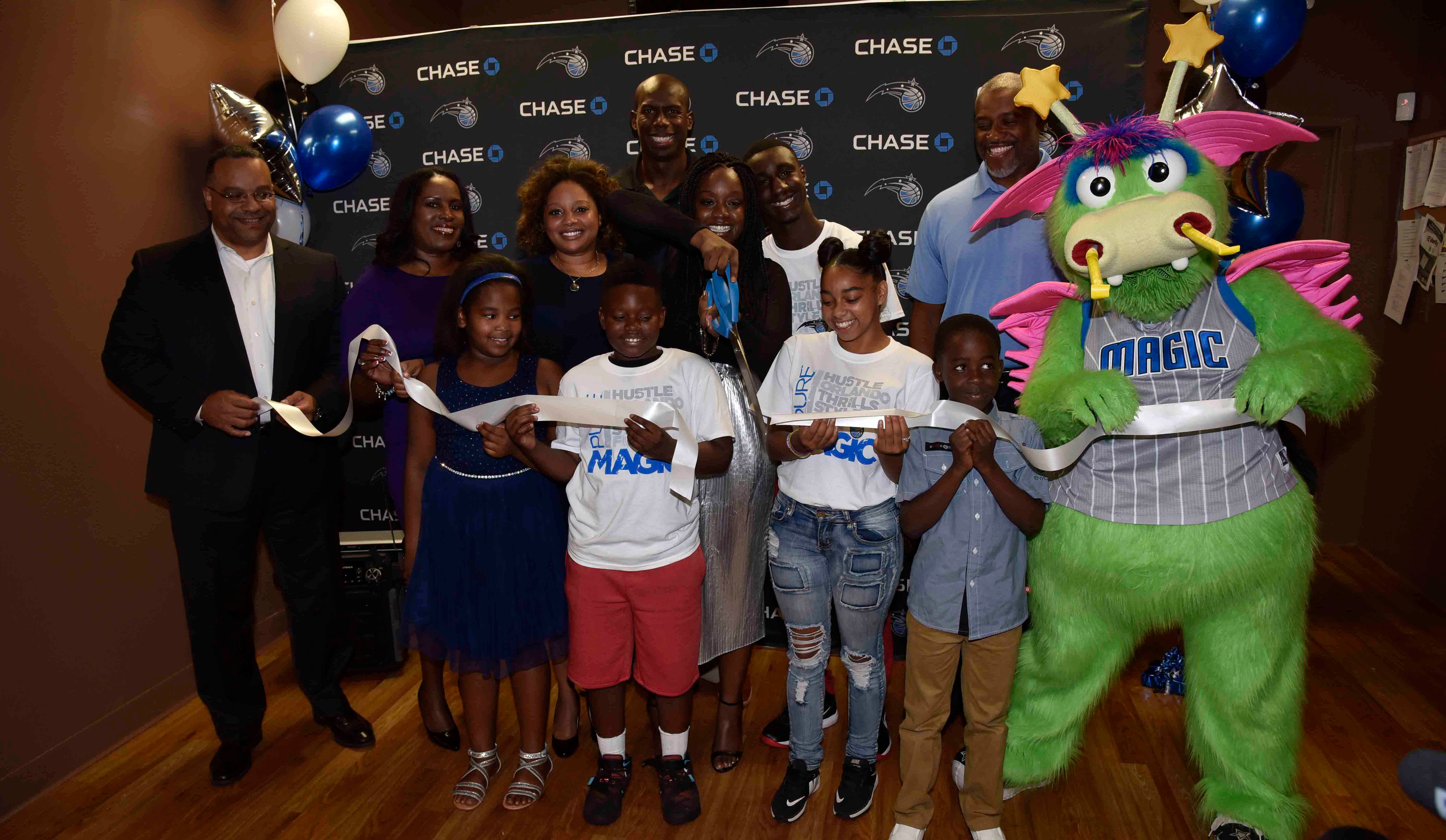 Orlando Magic and Chase Unveil Refurbished New Image Youth Center