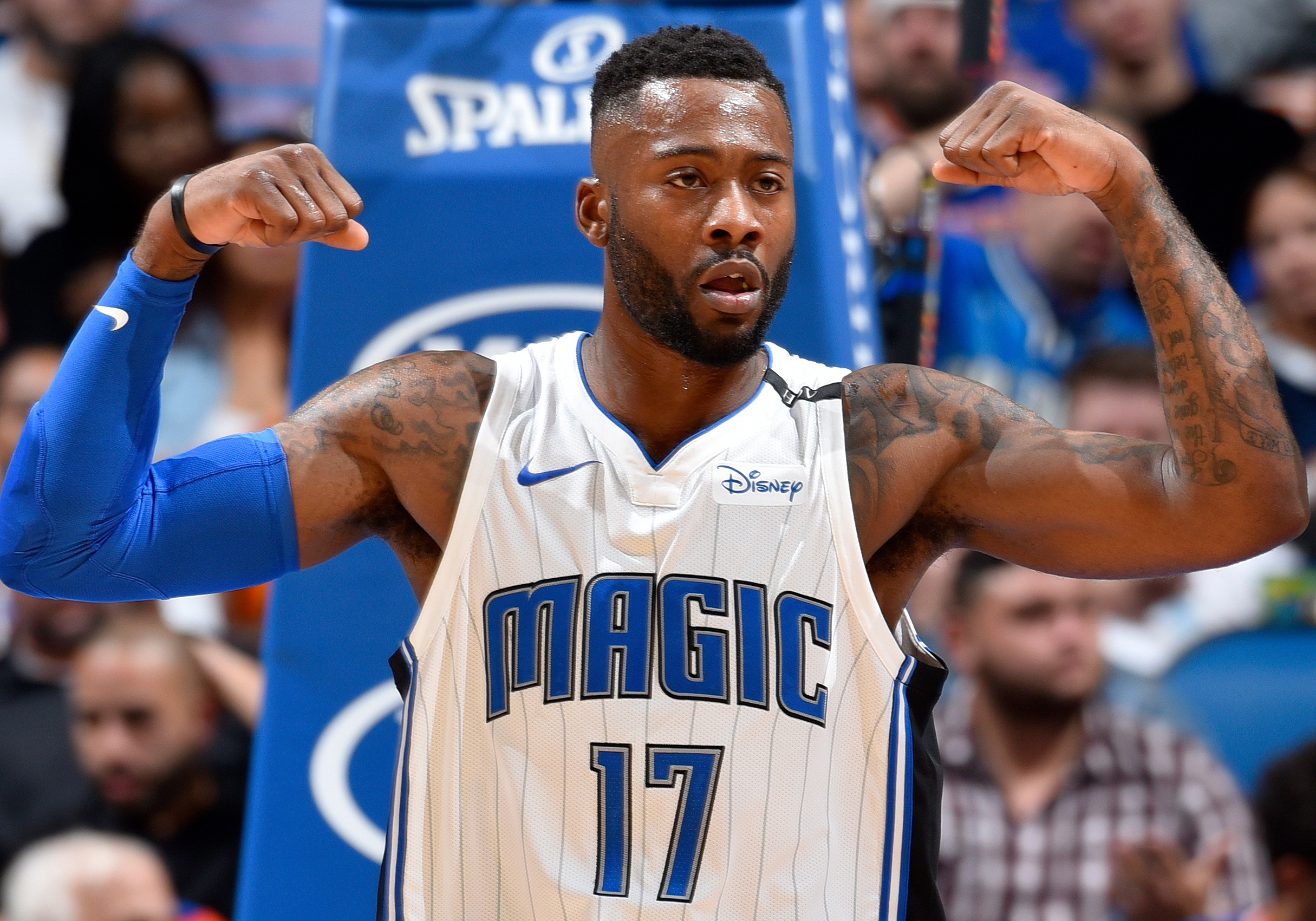Simmons' Toughness and Determination on Display with Magic