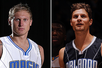 Jānis Timma and Luke Ridnour