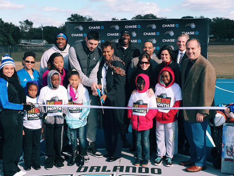 Vucevic, Magic Team Up With Chase to Unveil New Court at Local School