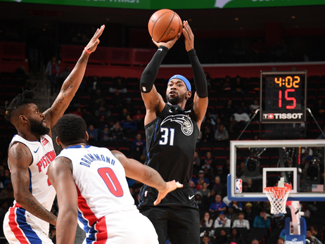 Photos and Stats: Magic vs. Pistons