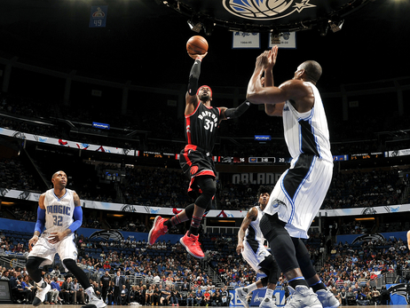 Magic Acquire Terrence Ross and 2017 First Round Pick From Raptors
