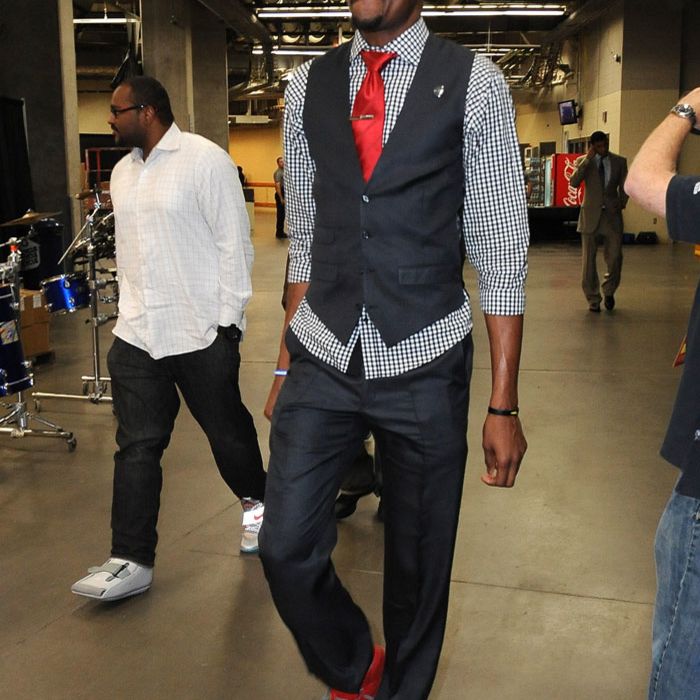 NBA Fashion: Approve or Disapprove?