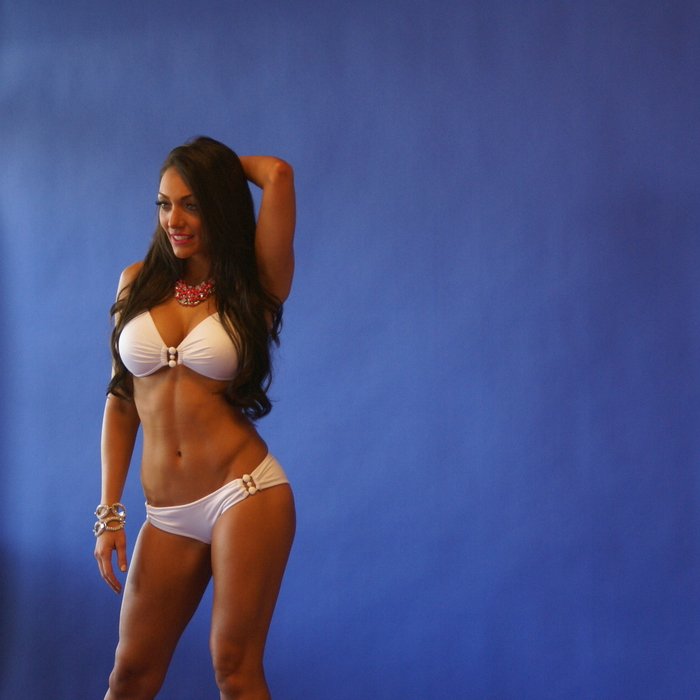 Swimwear Photo Shoot Behind the Scenes: Tiffany