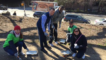 Nets, National Grid team up to clean up Fort Greene Park