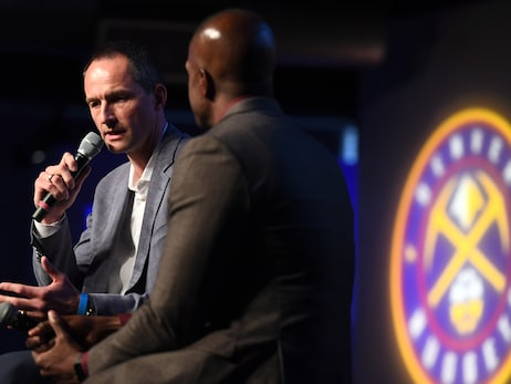 Denver Nuggets fans hear from GM Artūras Karnišovas, sample new Pepsi Center food at Tipoff party