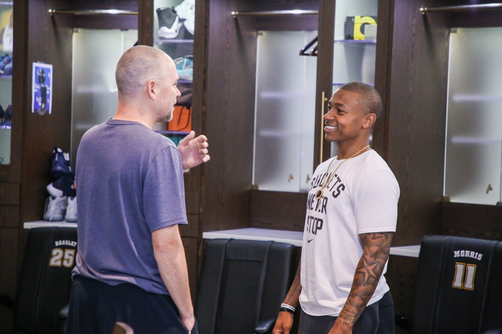 Free Agent Isaiah Thomas signed a contract with the Denver Nuggets on Monday, July 16.