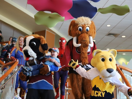 Nuggets' Rocky, Rocky Mountain Hospital for Children team up for Teddy Bear Drive