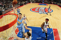 Nuggets Beat Pistons