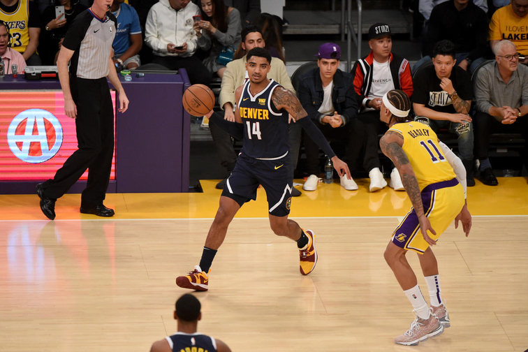 Malone till los angeles lakers