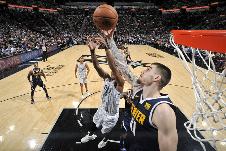 nuggets drop second straight fall at san antonio denver nuggets