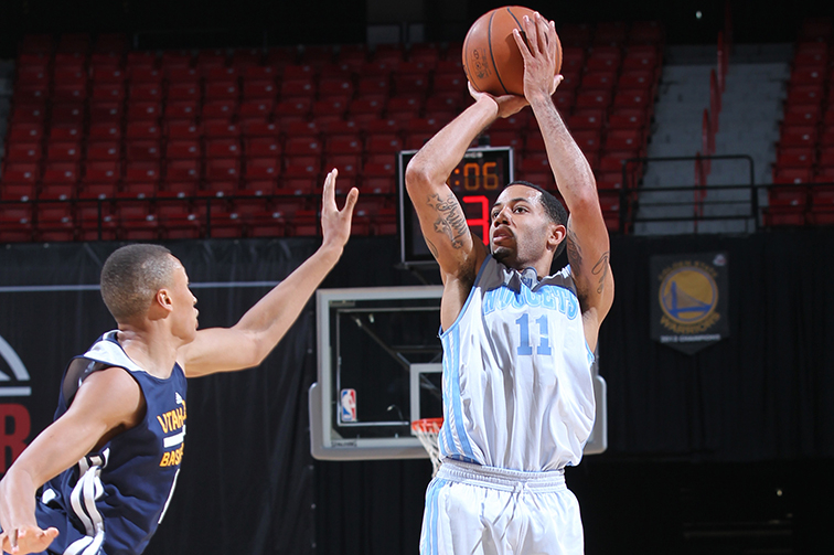 Second-quarter drought dooms Nuggets in Las Vegas