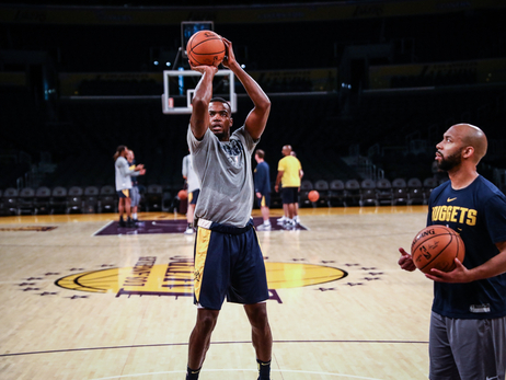 Shootaround: Nuggets at Lakers
