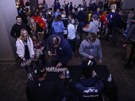 Nuggets Greet Fans at Dave and Busters