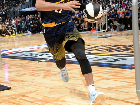 Jamal Murray Participates in the Taco Bells Skills Challenge