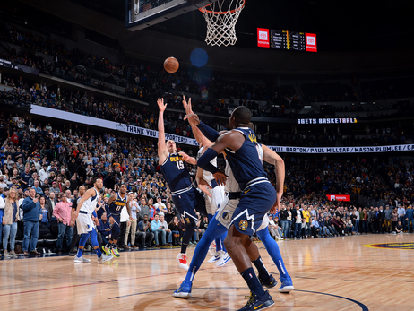 Jokić Buzzer Beater Lifts Nuggets Over Mavericks