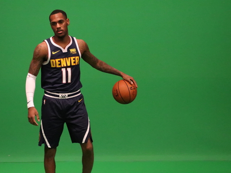 Nuggets Get in Front of Green Screen