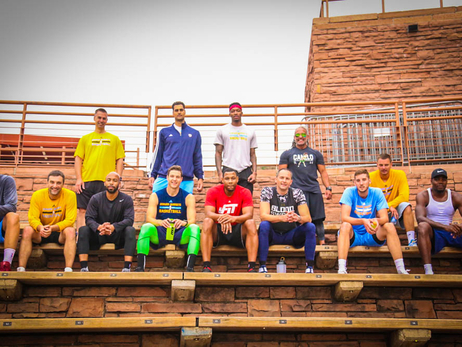 Nuggets Players Take the Workout Outside
