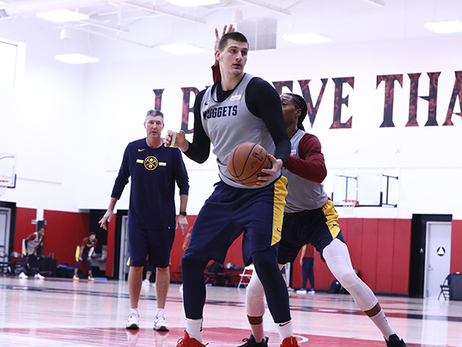 Nikola Jokić on Training Camp: 'We Did a Really Good Job'
