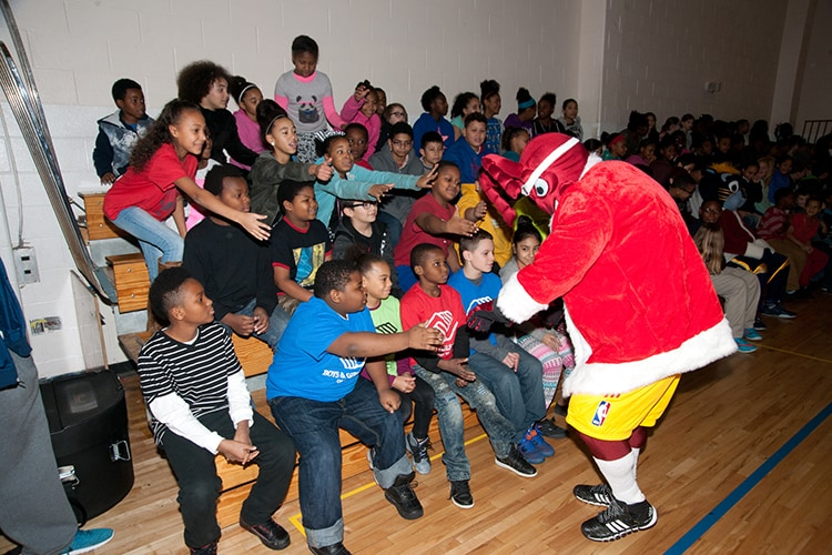 Toy giveaways for christmas 2018 in brooklyn