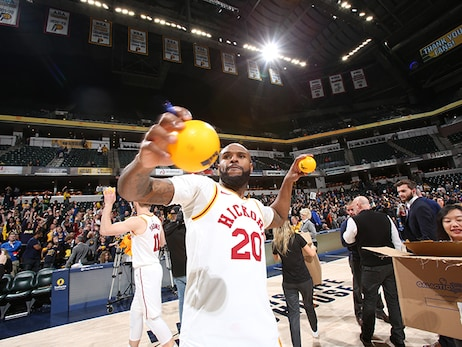 2017-18 Season in Photos: Trevor Booker