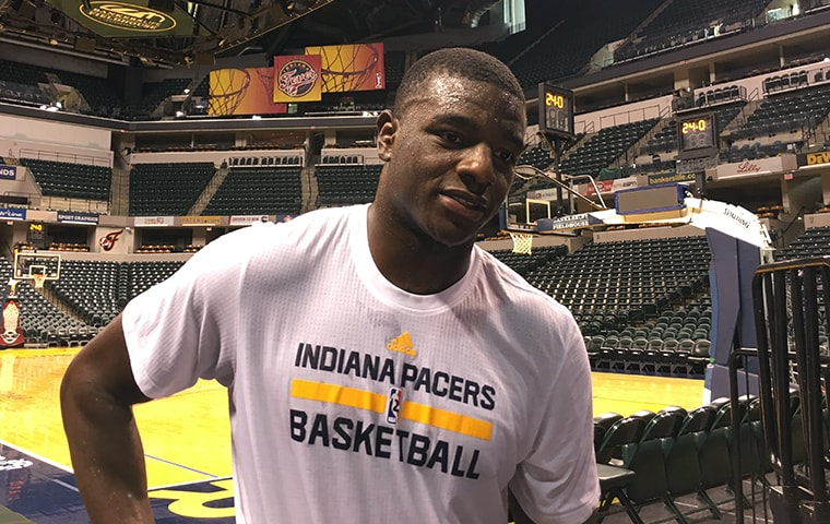 James-160630-pacers