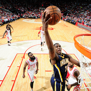 Pacers 98, Rockets 110